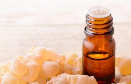 7 powodów dlaczego tworzymy zapach na bazie olibanum (kadzidłowca)?