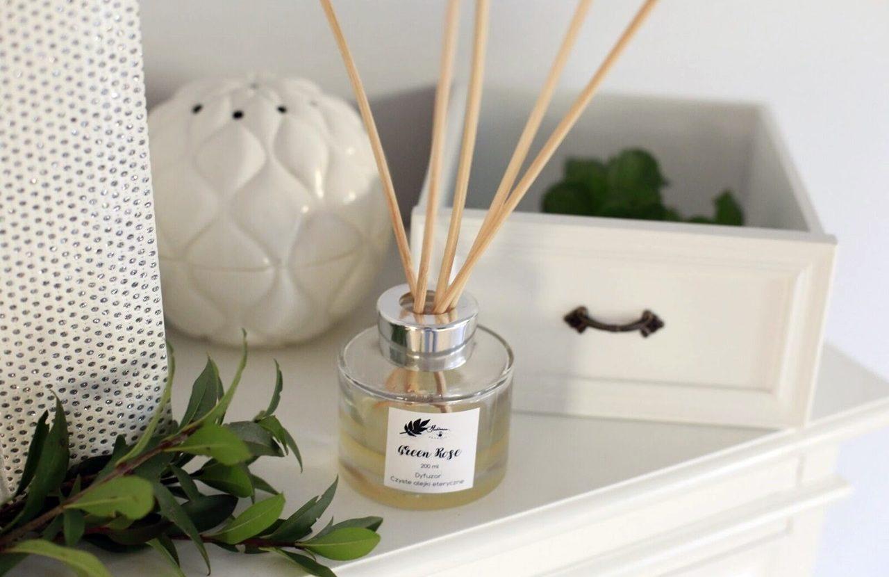 Naturalne dyfuzory zapachowe-w czym tkwi ich siła działania?