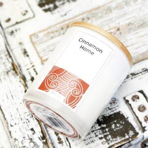 sojowa świeca o zapachu cynamonu
